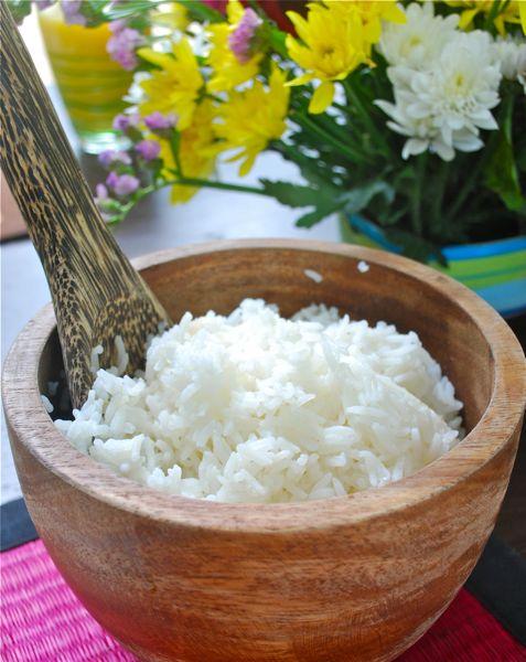 Cómo cocer el arroz glutinoso o pegajoso tailandés
